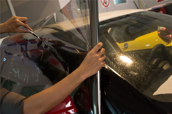 How Automotive Window Tinting Protects Drivers